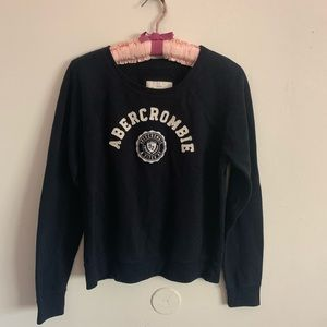 NWOT Abercrombie sweatshirt